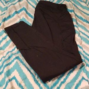 Victoria's Secret leggings with pocket